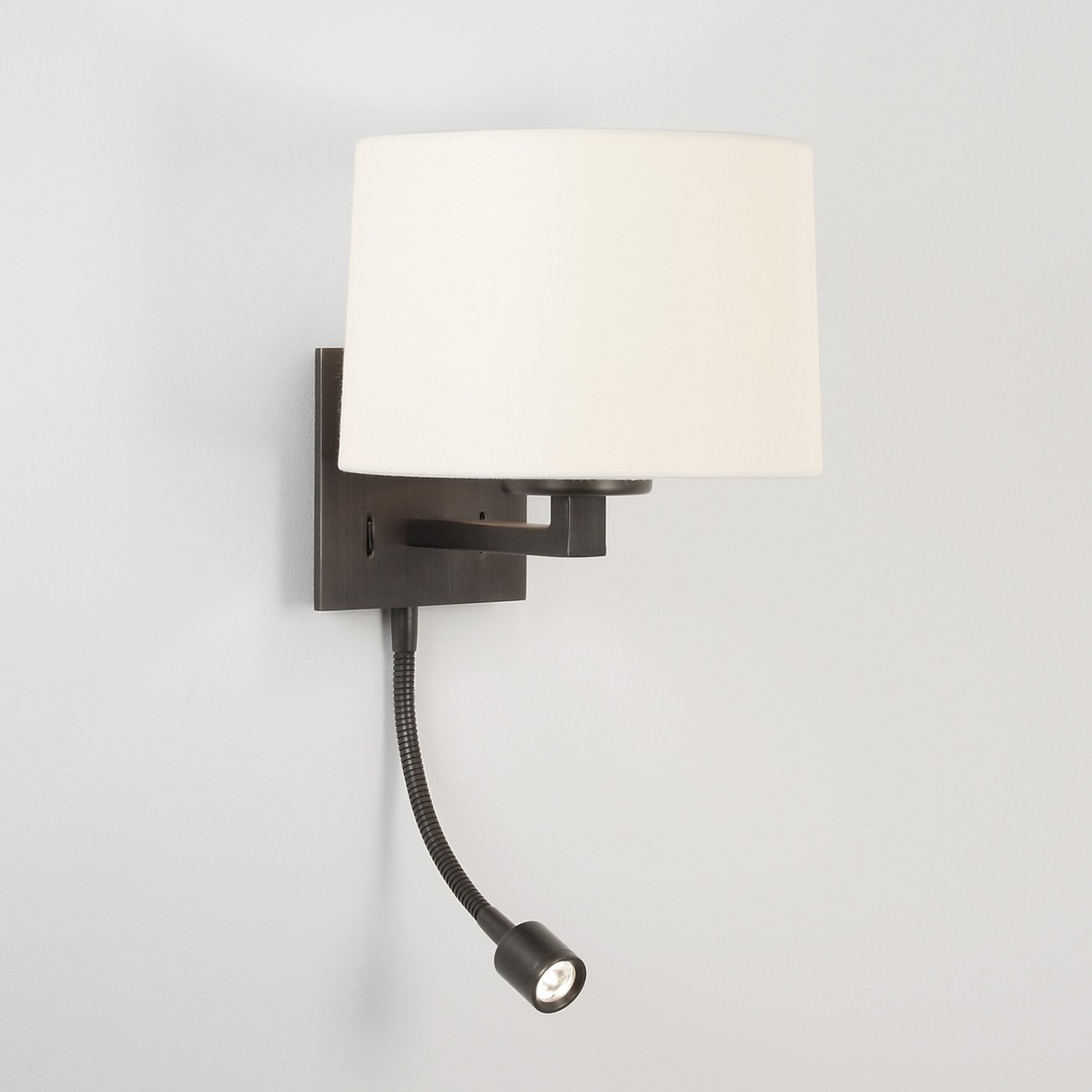 Wandlampe mit Leselicht LED, runder Stoffschirm AZUMI CLASSIC LED WALL TAPERED