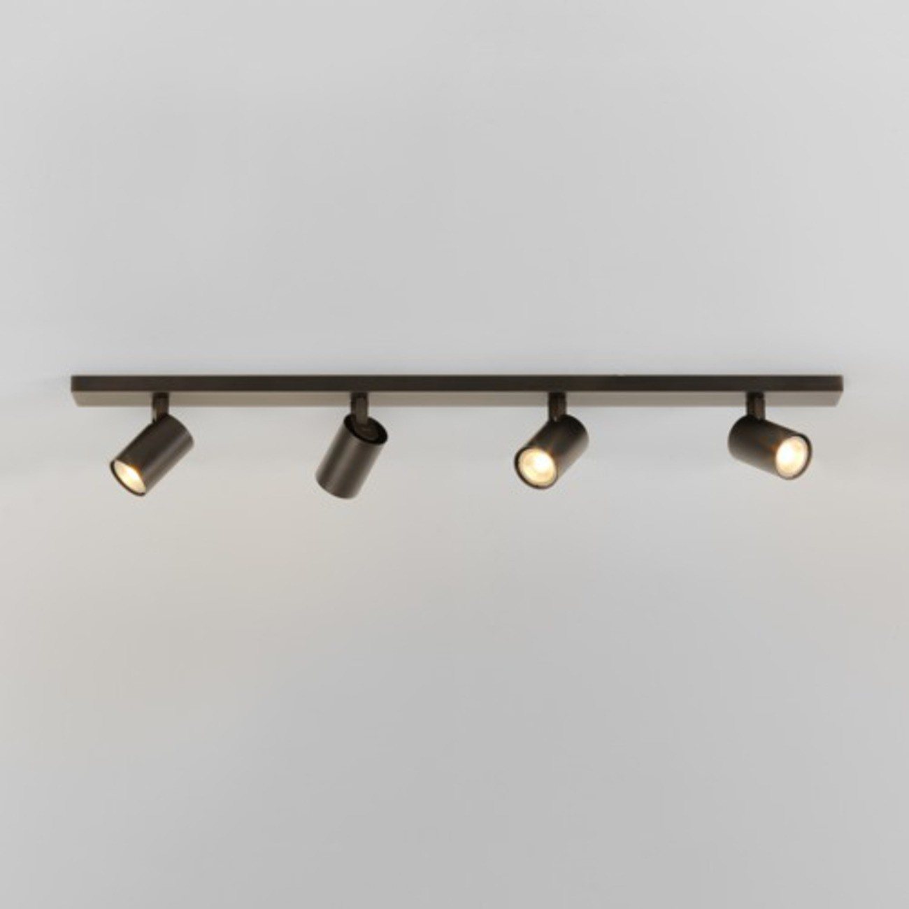 Strahler Ascoli Four Bar Bronze