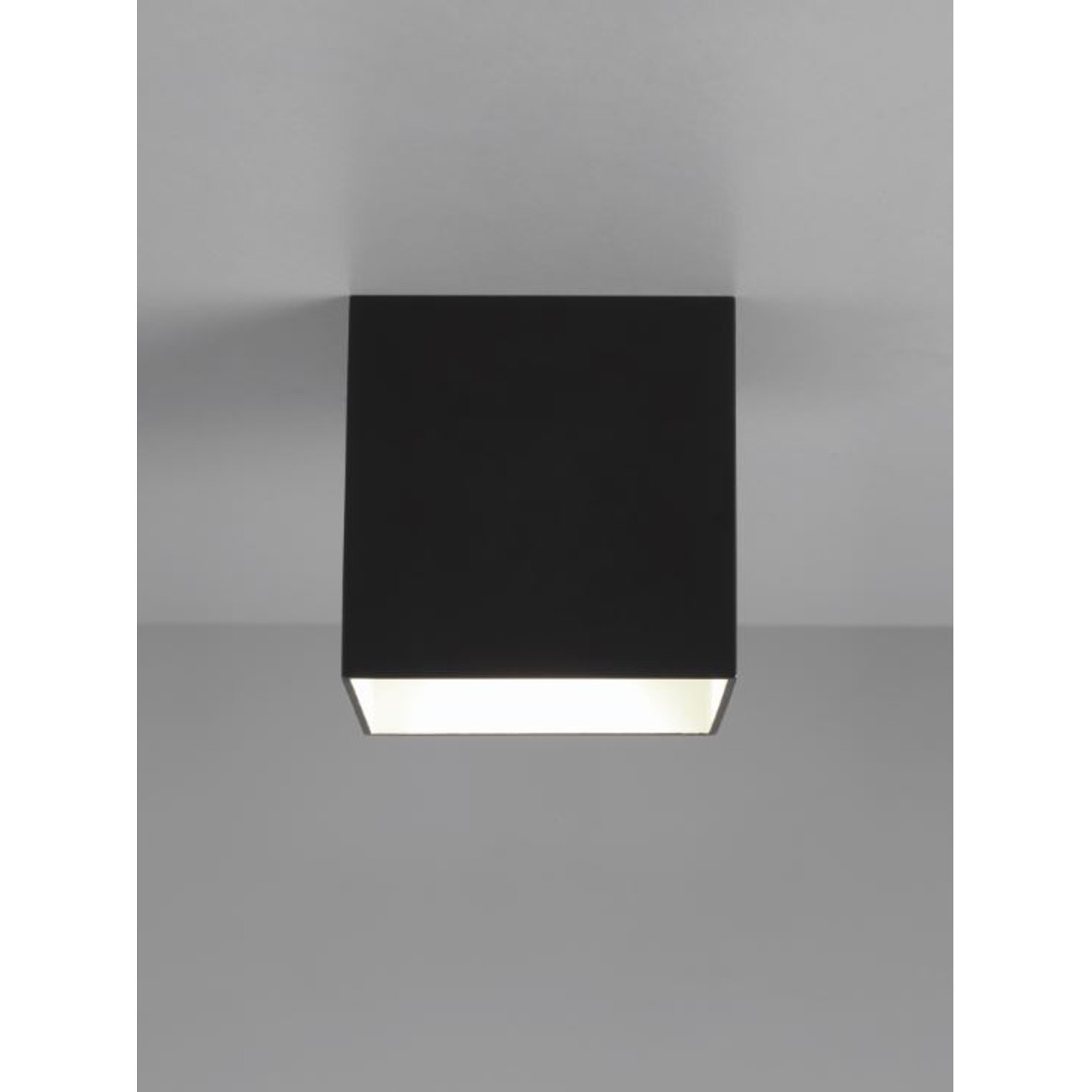 led deckenleuchte in wei und schwarz design w rfel osca led square. Black Bedroom Furniture Sets. Home Design Ideas